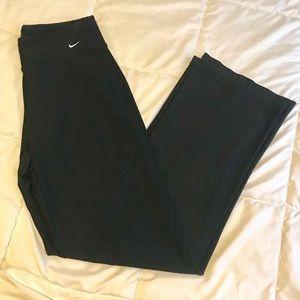Like new Nike black dri fit yoga pants